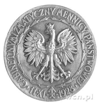 medalik zaprojektowany przez Wł. Terleckiego i wykonany...