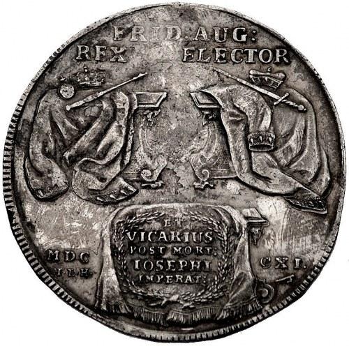 talar wikariacki 1711, Drezno, Aw: Stoły z regaliami, R...