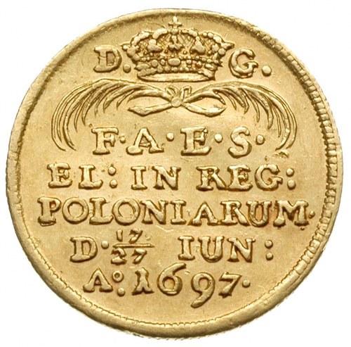 dukat koronacyjny 1697, Drezno, Aw: Król na koniu w pra...