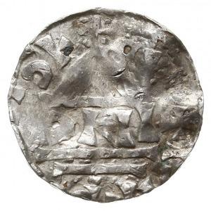 naśladownictwo denara salzburskiego Henryka IV, Aw: Kap...