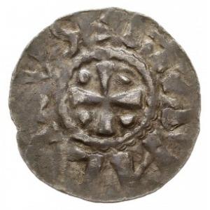 denar przed 1048 r., Aw: Krzyż prosty z kulkami w kątac...