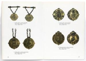 Odznaki urzędów, godności, funkcji... Katalog wystawy w Muzuem Wrocław