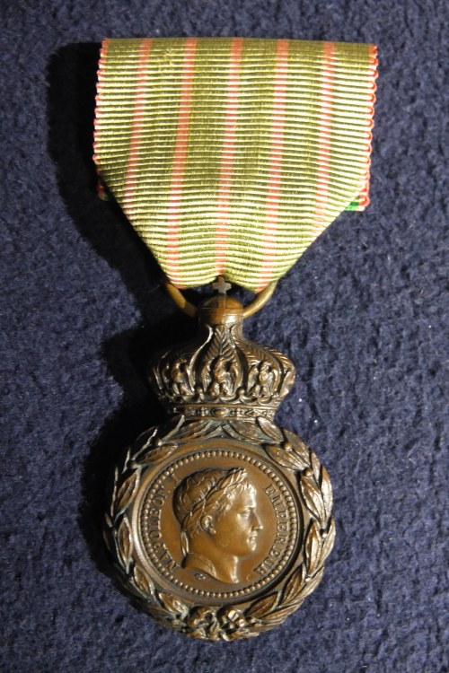 FRANCJA. Medal św. Heleny (Médaille de Sainte-Hélène), ustanowiony w 1857 r