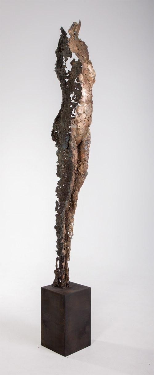 Adam Arabski (ur. 1978), Bez tytułu, z cyklu Skorupy Pamięci, 2020