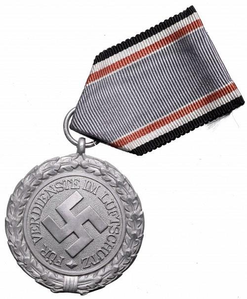 Germany, III Reich, Luftschutz Medal II class