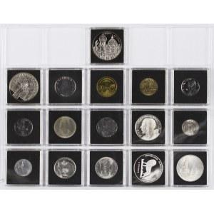 Zestaw 16 Monet, Medali I Żetonów