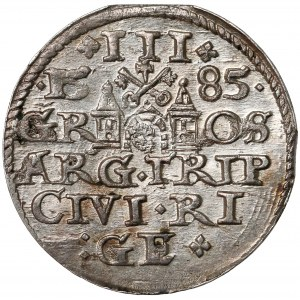 Stefan Batory, Trojak Ryga 1585 - niska korona