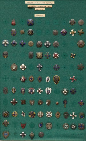Plansza z KOPIAMI odznak (73szt)