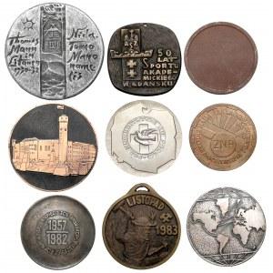 Zestaw medali, głównie Polska po 1945 (9szt)