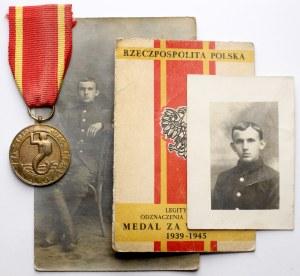 Medal za Warszawę 1939-1945 + legitymacja i zdjęcia