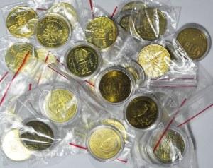 Zestaw 31 szt. monet zastępczych i żetonów