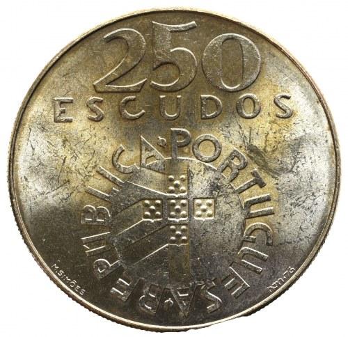 Portugal, 250 escudos 1974