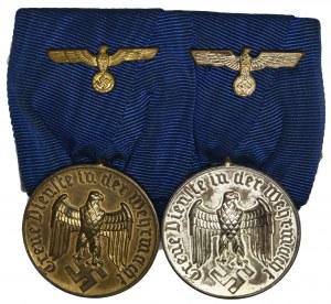 Niemcy, III Rzesza, Medal za Długoletnią Służbęw Wermachcie - Szpanga z medalami za 4 i 12 lat.