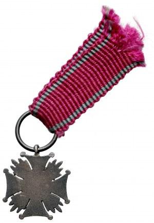 II RP, Miniaturka Srebrnego Krzyża Zasługi - piękna emalia