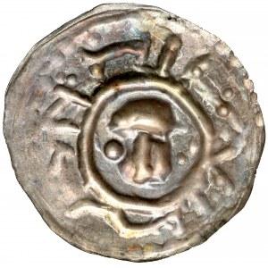 Henryk I Brodaty / II Pobożny, Brakteat ratajski - głowa na wprost - okazowy