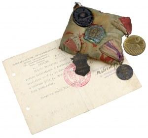 Odznaka 4 Pułku Artylerii Lekkiej i inne medale - zestaw na poduszce (5szt)
