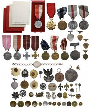 PRL - zestaw odznak i odznaczeń (47szt)