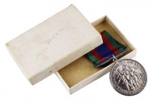 Kanada, Medal za służbę wolontariacką 1939-1945 - oryginalne pudełko
