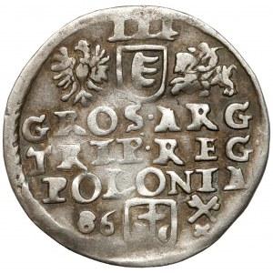 Stefan Batory, Trojak Poznań 1586 - kwiatek