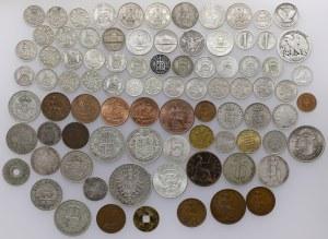 Zestaw głównie srebrnych monet świata