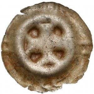 Jędrzejów, Opactwo Cysterskie, Brakteat - Krzyż grecki - znaki na wale