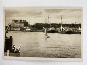 Karta pocztowa Ustka Port