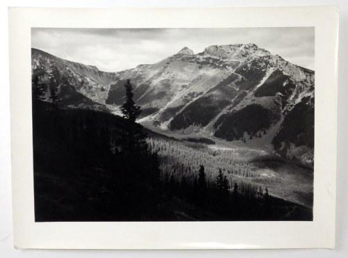[GÓRY - w obiektywie Stefana Konwińskiego - fotografie widokowe]. l. 60. XX w. Zestaw 4 fotografii form. ca 30x40 cm i 4...