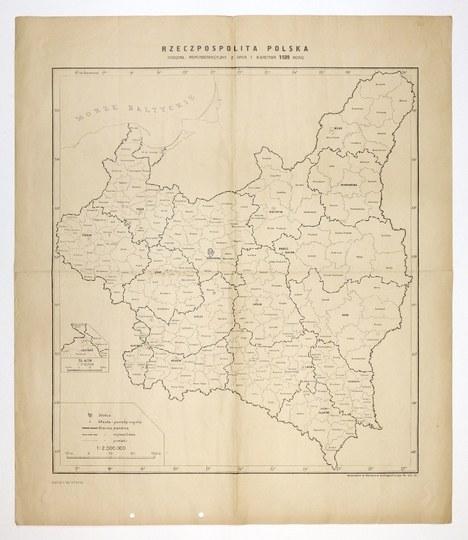 [POLSKA]. Rzeczpospolita Polska. Podział administracyjny z dnia 1 kwietnia 1939 roku. Mapa form. 46,3x41,...