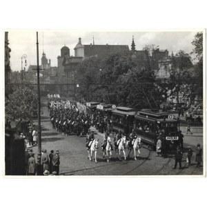 [WOJSKO Polskie - 1. Pułk Szwoleżerów Józefa Piłsudskiego eskortuje ambasadora Stanów Zjednoczonych Johna Willysa na Kra...
