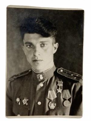 Dyplom bohaterów Związku Radzieckiego - 13.04.1944 + zdjęcie