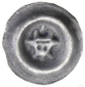 Brakteat, początek XIV w.; Głowa wołu na wprost, między...