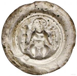 Brakteat, XIII w.; Długowłosa postać, siedząca nawpros...