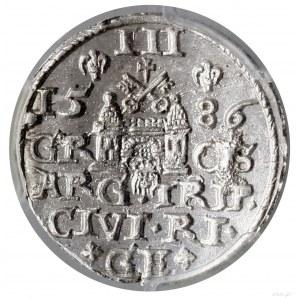 Trojak, 1586, Ryga; niska korona zrozetami, mała głowa...