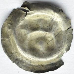 Brakteat, głowa i łuk nad nią, II połowa XII wieku