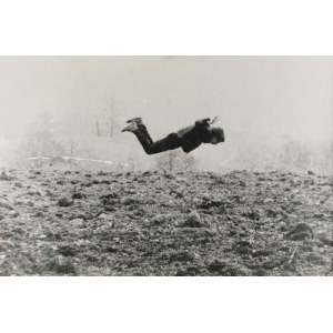 Jerzy (Max Hexer) TRUSZKOWSKI (ur.1961), The Flying Artist Over an Horizon, praca z cyklu: Work Against Absurdity, 1983/1984