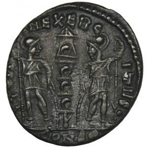 Cesarstwo Rzymskie, Konstantyn II, Follis
