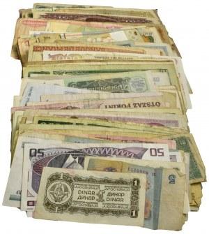 Zestaw, mix banknotów zagranicznych (339 szt.)