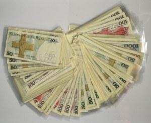 Zestaw banknotów PRL 50-1.000 złotych (ok. 140 szt.)