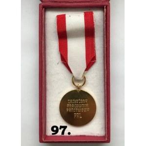 """Odznaka honorowa """" Zasłużony Pracownik Państwowy"""""""