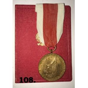 """Medal """" Za zasługi dla obronności kraju"""