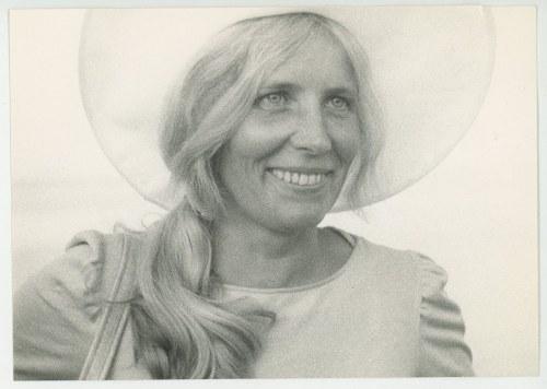 fotografia Agnieszka Osiecka w kapeluszu