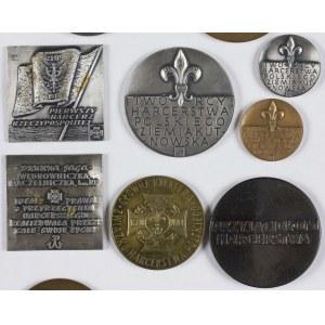 Zestaw medali - 7 sztuk o tematyce harcerskiej
