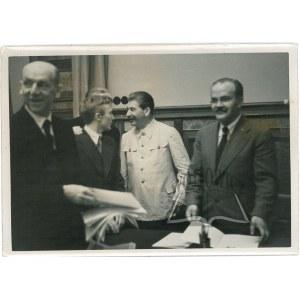 PAKT RIBBENTROP-MOŁOTOW. (Umowa o nieagresji pomiędzy III Rzeszą i ZSRR z 23 sierpnia 1939 roku).