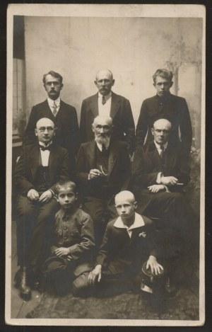 Skarżysko-Kamienna. Portret rodziny Kolasińskich.