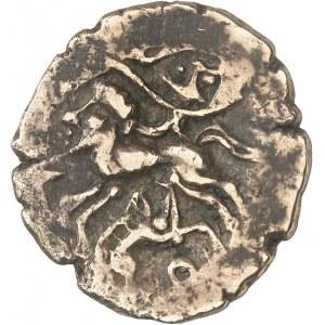 Osismes (fin du IIe s. - Ière moitié du Ier s. av. J.-C.). Statère d'or au sanglier, classe I c.120-50 av. J.-C.
