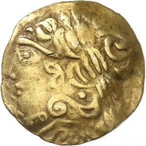 Aulerques Éburovices (fin de la guerre des Gaules). Quart de statère à l'aile de Pégase et fleur ND (Ier s. av. J.-C.).