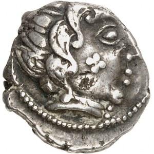 Carnutes ou Bituriges Cubes. Drachme à la tête aquitanique et à la main, classe II c.150-80 av. J.-C.