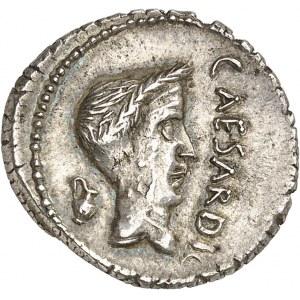 Marc Antoine et Jules César. Denier ND (43 av. J.-C.), Gaule cisalpine.