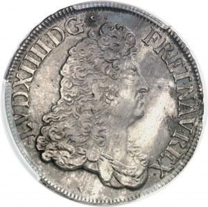 Louis XIV (1643-1715). Écu à la perruque avec buste drapé à l'antique 1687, 9, Rennes.