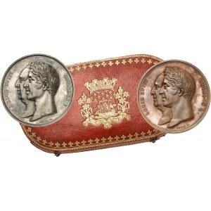 Charles X (1824-1830). Coffret de 2 médailles, achèvement du Palais de la Bourse et du Tribunal de Commerce, par Petit 1825, Paris.